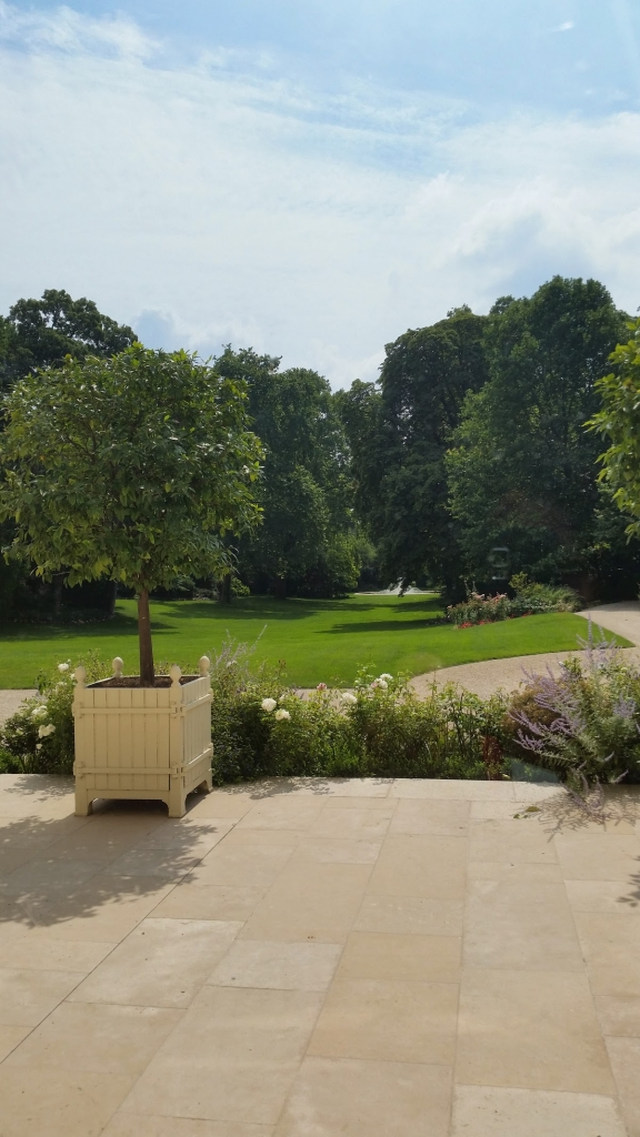 jardin-elysee-paris